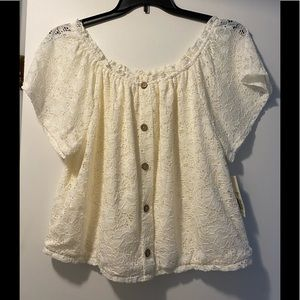 New NOBO lace blouse 2XL cream color